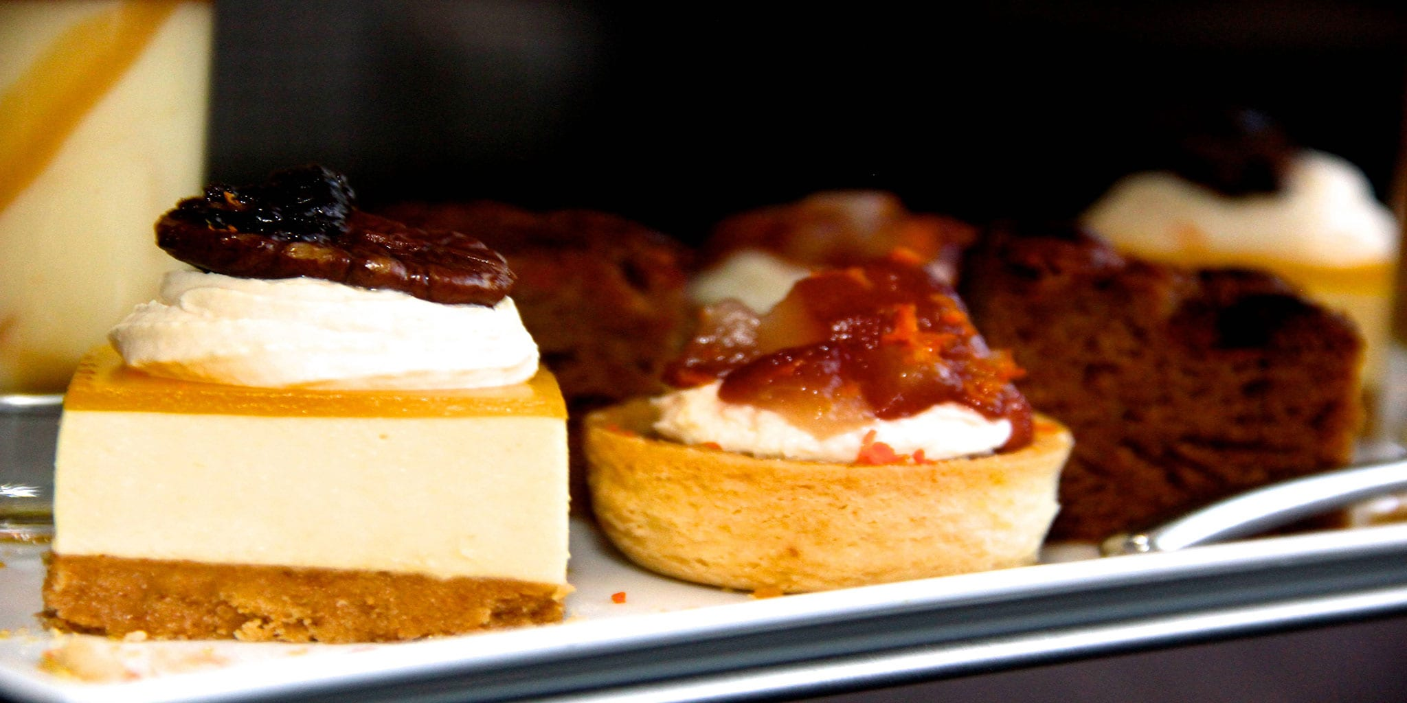 Cakes-and-tarts-at-Clayton-Hotel-Birmingham