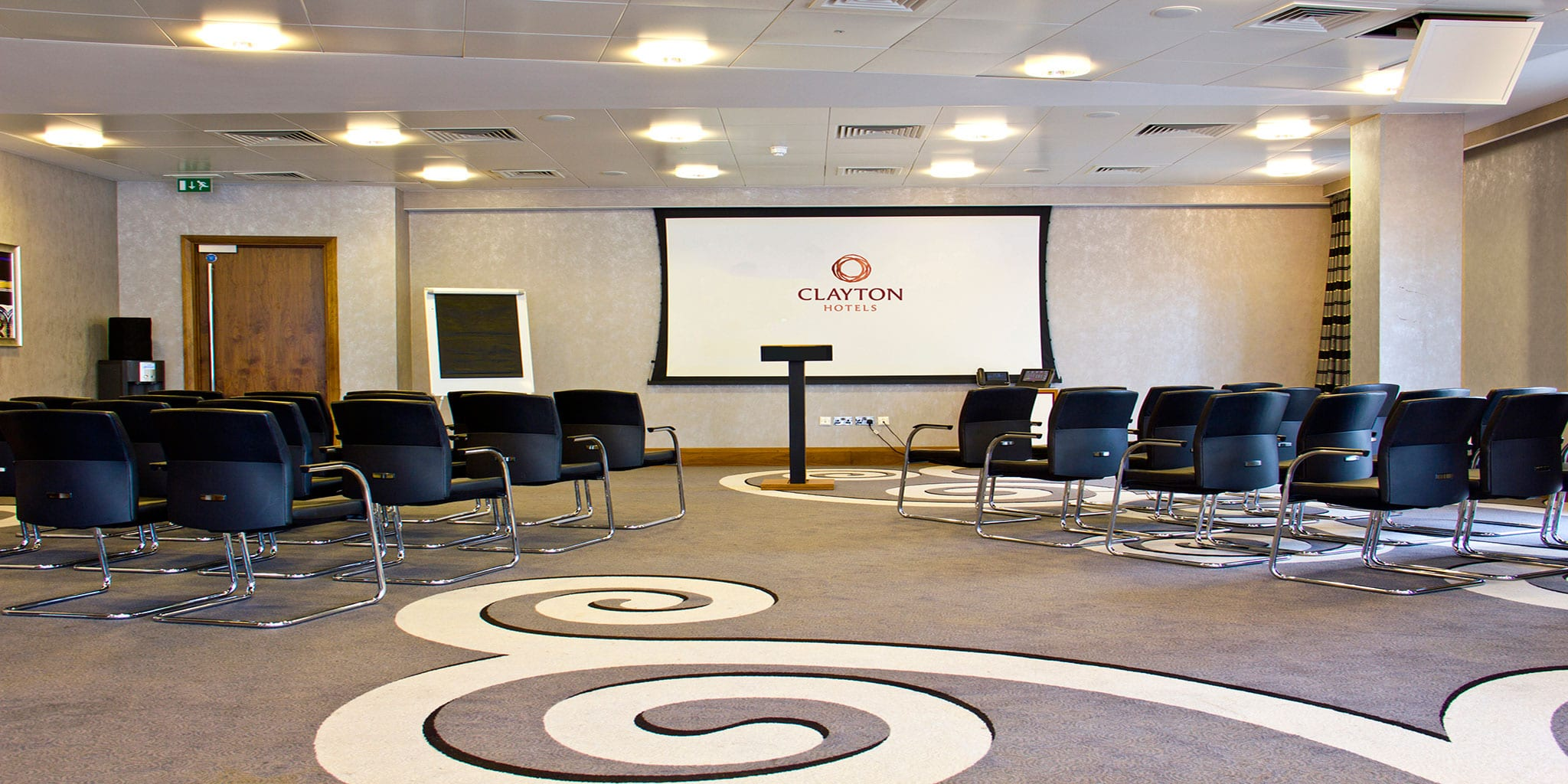 Theatre-Style-Conference-at-Clayton-Hotel-Birmingham
